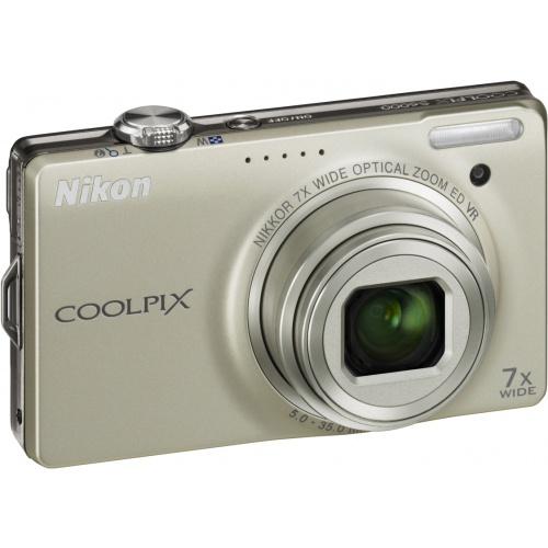 Фото Nikon Coolpix S6000 silver