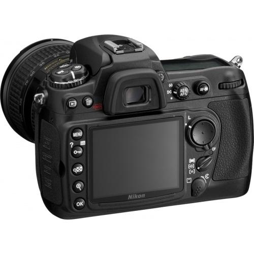 Фото Nikon D300 (kit 18-200)