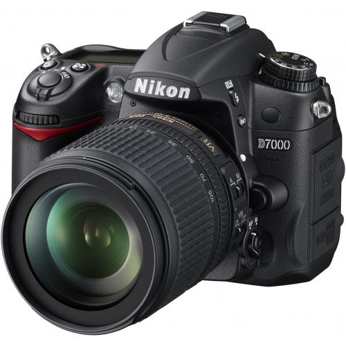 Nikon D7000 (Kit AF-S DX 18-105 VR)