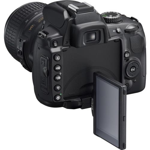 Фото Nikon D5000 Kit (AF-S DX 18-105 VR)