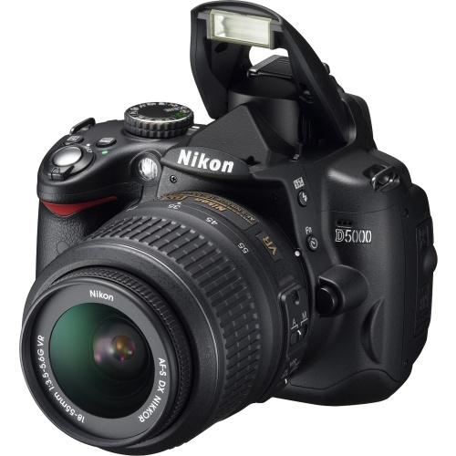 Nikon D5000 (kit AF-S DX 18-55 VR)