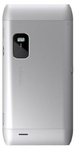 Фото телефона Nokia E7-00 silver white