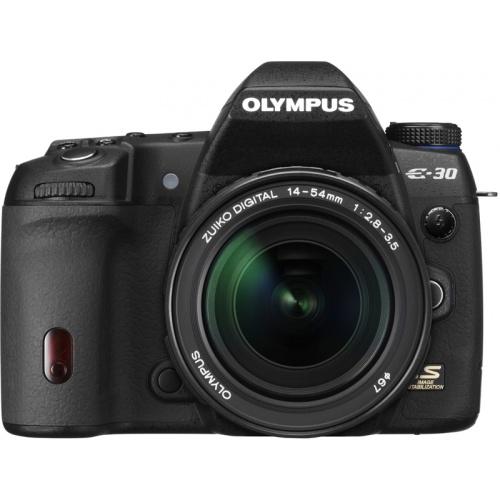 Olympus E-30 (kit 14-54 mm)